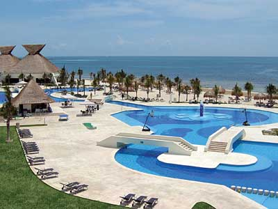 cancun single parents 3 the 10-acre 520 room beachfront sonesta maho beach resort & casino in st maarten is offering a limitless all-inclusive package for single parents at an adult rate with no single supplement kids 11 and under stay, play, and eat free.